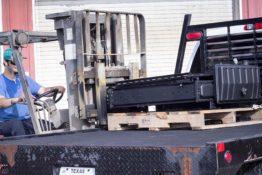 loading-radiator-don-hart-radiator-repair-service-bryan-texas