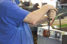 pressure-testing-don-hart-radiator-repair-service